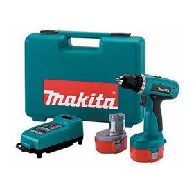 MAKITA 6280DWAE DRILL BATTERY 14.4 V C/2 BATTERIES