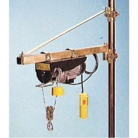 SUPPORT A FLAG FOR THE ELECTRIC HOIST KG. 250