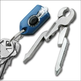 SWISSTECH MICRO-PRO XL900 KEY RING WITH TORCH AND CLAMP IN